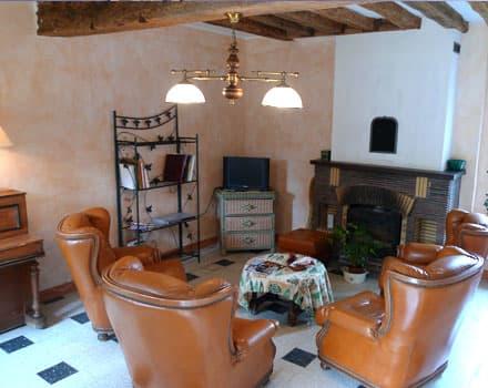Le salon du Gite à Ferrieres